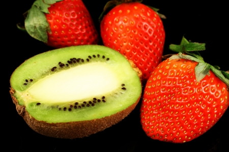 Strawberries   Kiwis