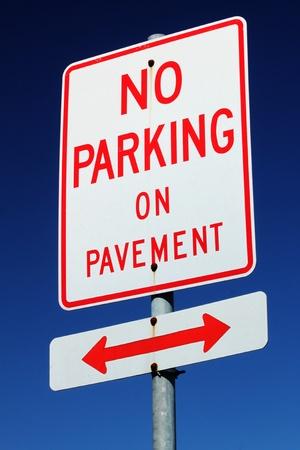 ordenanza: No Signo Aparcamiento Foto de archivo