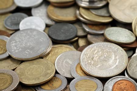 外国コインをクローズ アップ 写真素材 - 62735905