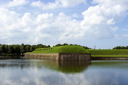 vesting: Summer landscape at the medieval fort of Naarden in the Netherlands