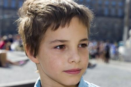 preteen boy: Gros plan Portrait de Pre-Teen Boy Sourire