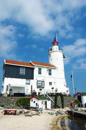 Lighthouse Paard van Marken in de namiddag, Noord-Holland, Nederland