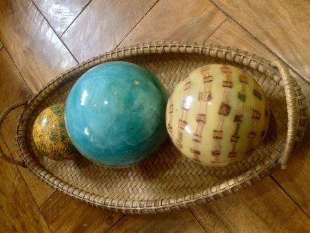 Resin balls centerpiece in a woven basket