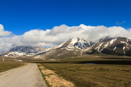 The road of Campo Imperatore photo