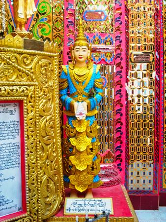 a buddha statue in vietnam 免版税图像