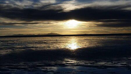 sunset at summer over the ocean 版權商用圖片