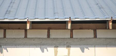 Repair, rafters and roof construction. Imagens