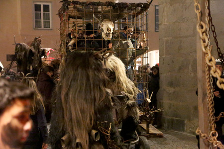8   9 years: People in the prison of Krampus