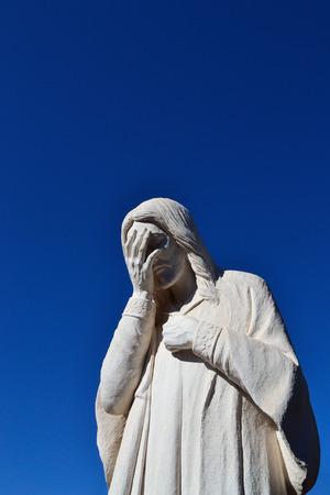 oklahoma city: Statue of Jesus weeping in Oklahoma City