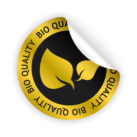 Vector goud gebogen sticker met symbool van biologische kwaliteit Stock Illustratie