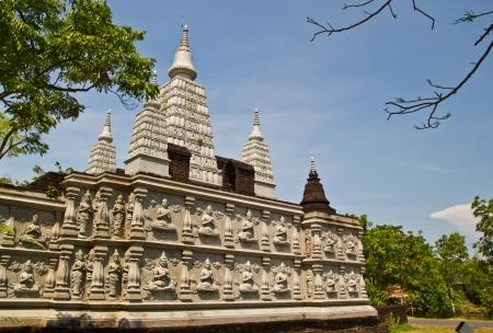 traslados: esta imagen transmite un templo donde Samootprakarn, Foto de archivo
