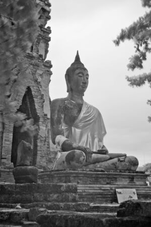 big buddha by infrared at Phra Nakhon Si Ayutthaya Stock Photo - 14839431