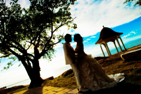 bride and groom at thailand photo