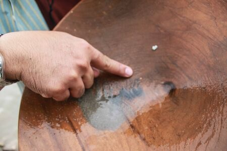 panning: Gold panning