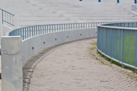 grandstand: Tribuna natural al aire libre
