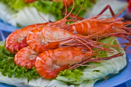 roasted shrimps with garlic and parsley photo