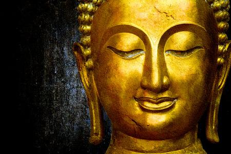 cabeza de buda: Estatua de Buda espacio para el texto Foto de archivo