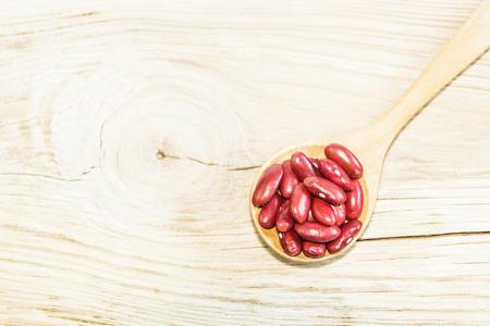 adzuki bean: Red adzuki bean on wooden spoon
