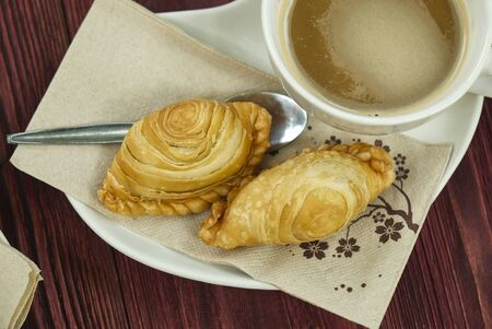 Curry Puff Breakfast with Coffee in the Morning. Reklamní fotografie