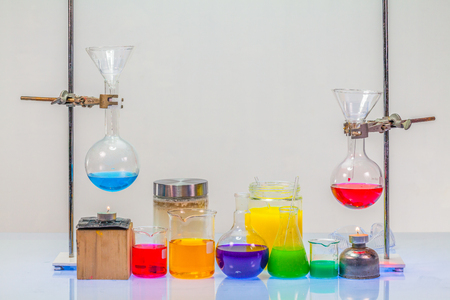 Equipment of distillation in laboratory experiments in chemical blending