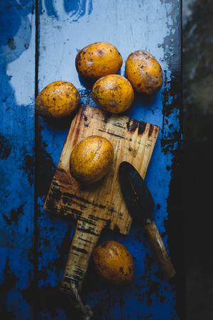 cutting: Ripe Ambarella Fruits