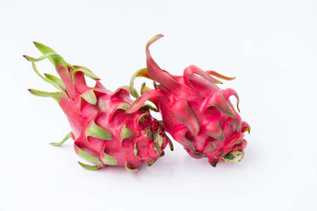 Fresh red dragon fruit- Pitaya fruit on the white background 版權商用圖片 - 152244098