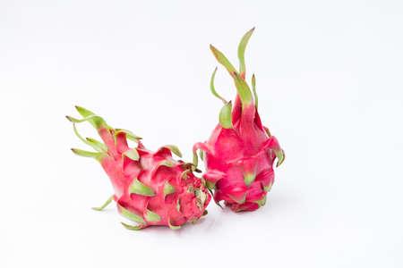 Fresh red dragon fruit- Pitaya fruit on the white background 版權商用圖片 - 152244248