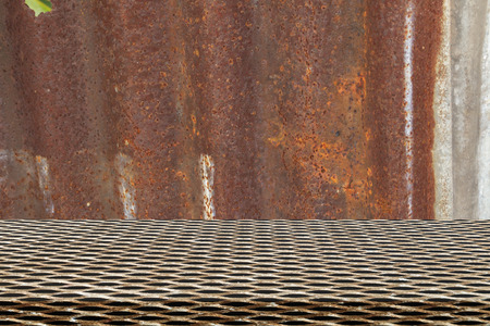 Metal grid seamless pattern on old zinc background