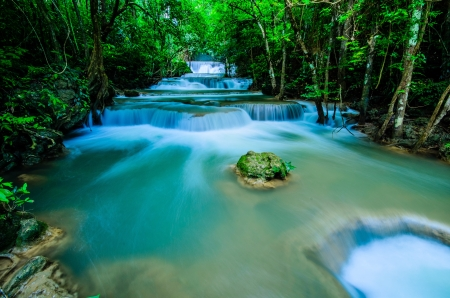 Huay Mae Khamin, Paradise Waterfall located in deep forest of Thailand  Huay Mae Khamin - Waterfall is so beautiful of waterfall in Thailand, Huay Mae Khamin National Park, Kanchanaburi, Thailand  Stock Photo - 21583104