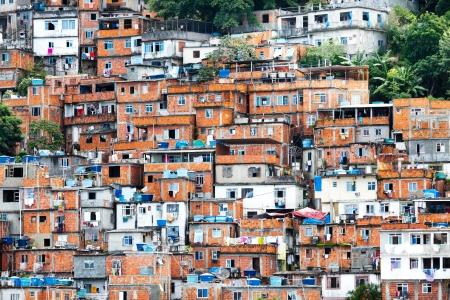 krottenwijk: Favela, overvolle Braziliaanse sloppenwijk in Rio de Janeiro Stockfoto