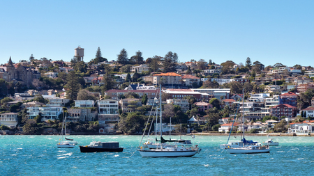 Panorama of Watsons Bay Australia as seen form the sea with sailing boats in the front 版權商用圖片