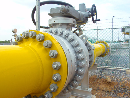 yellow line: gas pipe line for power plant