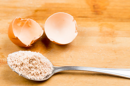 calcium: Homemade calcium supplement from grounded egg shells