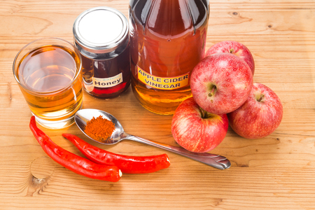 cures: Apple cider vinegar with honey and cayenne pepper, natural remedies and cures for common health condition