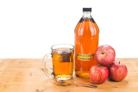 好きな紅茶、自然療法や一般的な健康状態の治療法とアップル サイダー酢
