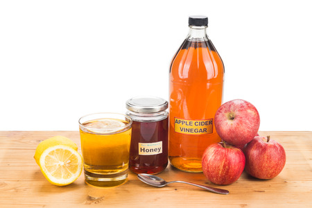 cures: Apple cider vinegar with honey and lemon, natural remedies and cures for common health condition