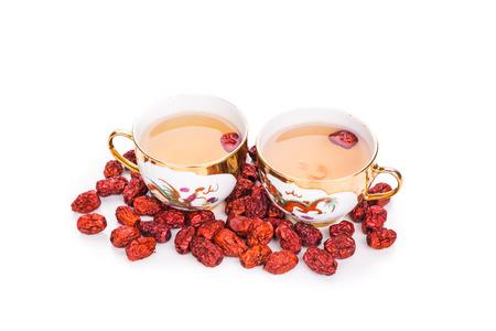 결혼식: 빨간 날짜 차 전통 중국 차 컵에 제공합니다. 보통 결혼식 동안 봉사