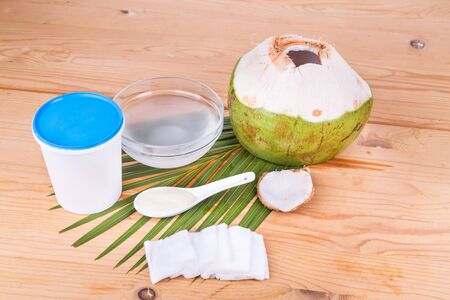 swaps: Coconut juice with yogurt helps reduce wrinkles and skin ageing when apply on skin