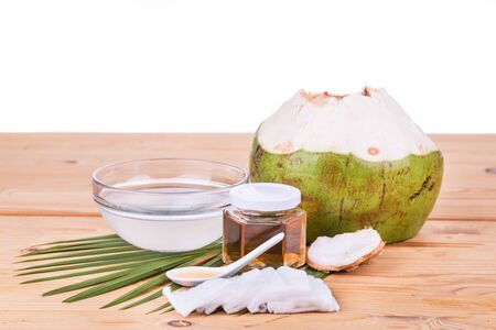 smoother: Natural coconut juice with raw honey are natural toner to reduce face acne and smoother facial skin.