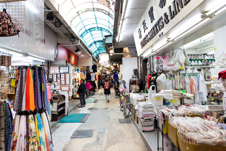 HONG KONG, February 9, 2019: Stanley Market is a street market in Stanley, Hong Kong. It is a traditional old open-air market, restaurants and is a major tourist attraction. Publikacyjne