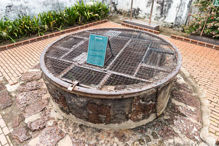 Historic Hang Li Poh well was a gift from ancient Malacca Sultanate to Chinese princess in year 1459. Popular tourism destination in Malacca. No people. 版權商用圖片