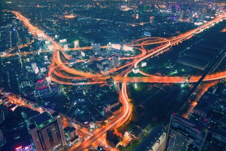 trafic: Bangkok Expressway ro Autobahn at night or Twilight, Aerial Scenic view Stock Photo