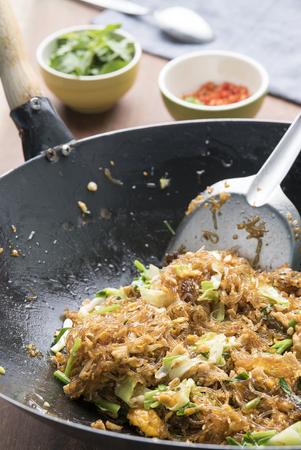 sen: Asian Restaurant Food, Glass Noodle Stir Fried (Pad Woon Sen)