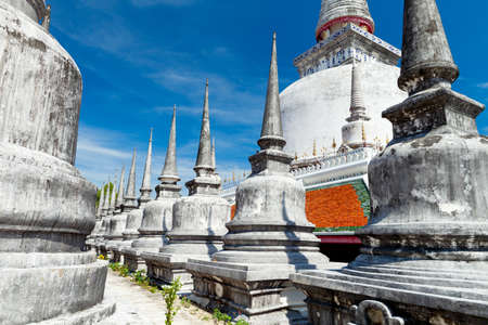stupas: Stupas