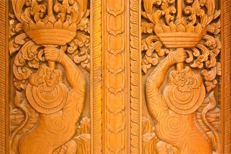 thaiart: Thai art of wood carving