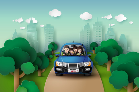 주말 holiday.paper 아트 스타일에 차를 운전하는 재미 가족. 일러스트
