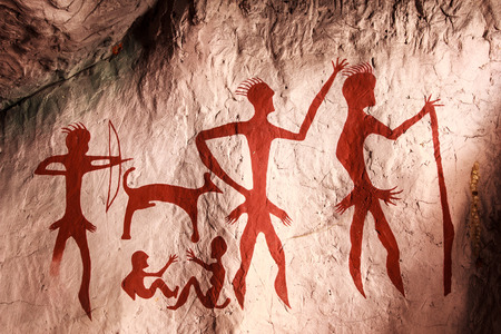 Ancient  paintings on the stone cave in thailand Standard-Bild