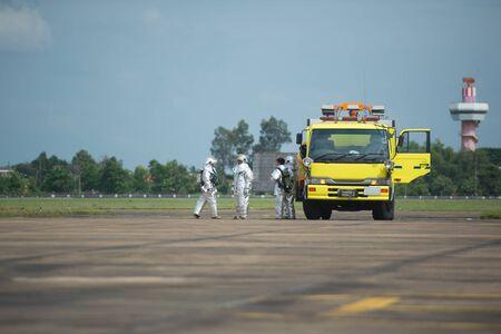 fire brigade: fire brigade at the airport