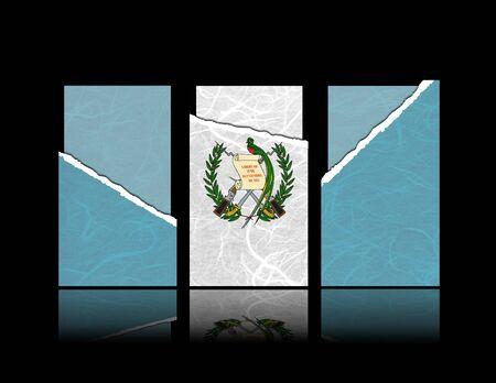 bandera de guatemala: Guatemala bandera de papel de l�grima con tarjetas de regalo. Mulberry papel sobre fondo negro.