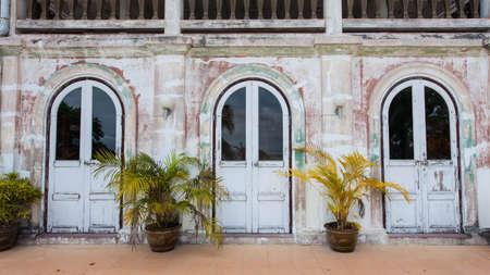 La traditionnelle � trois portes de forme Banque d'images